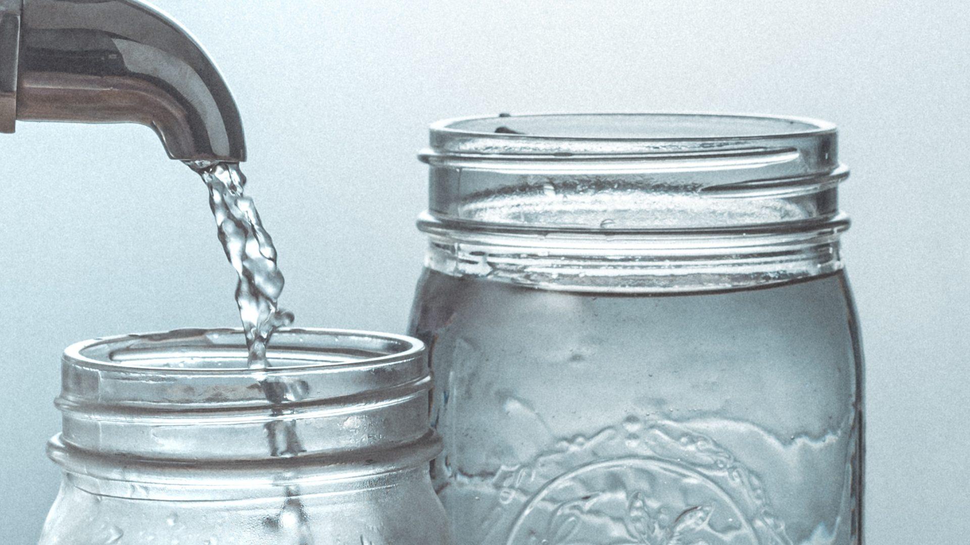 Tap_water_bluephage